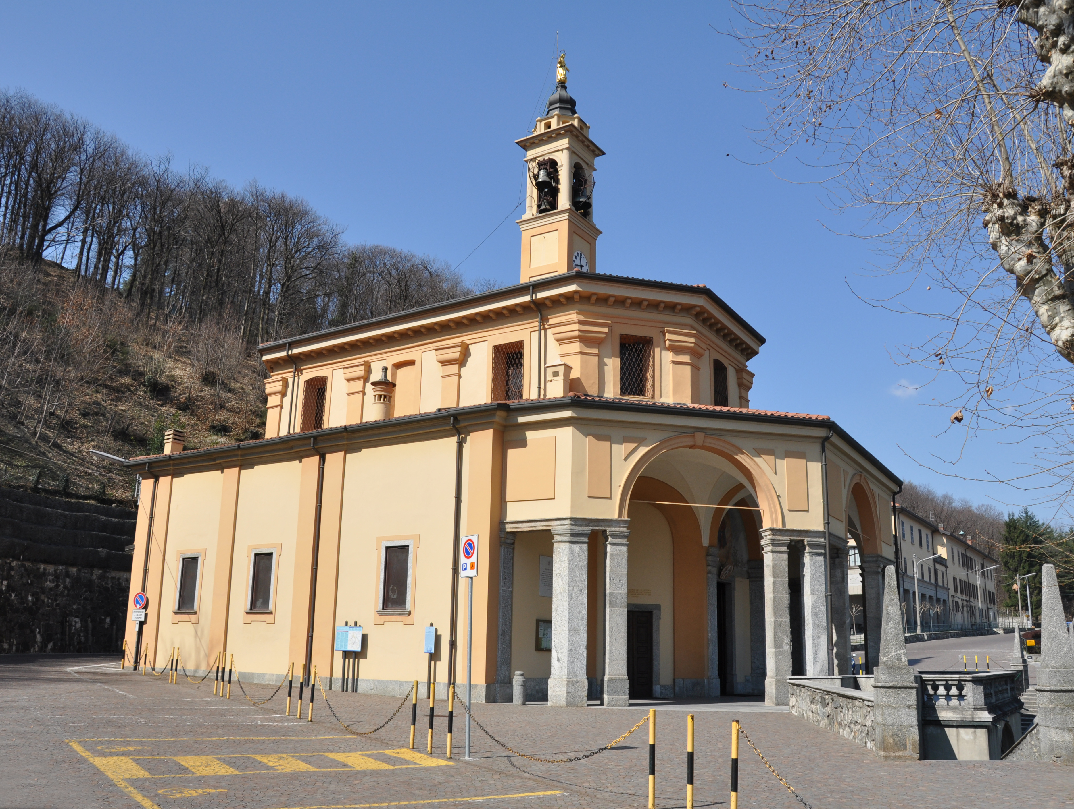 Pellegrinaggio Al Santuario Della Madonna Del Bosco